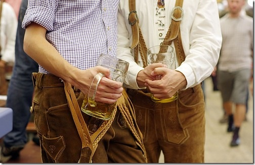 beer,drinkers,drinking,octoberfest,oktoberfest-2ae31cacde13f6e105f0ec32b2b0b3e2_h